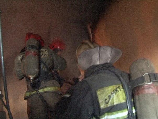 Спасатели ликвидировали пожар в Выборгском районе